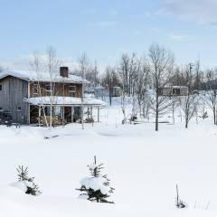 家のまわりで、スキー散歩ができるなんて!