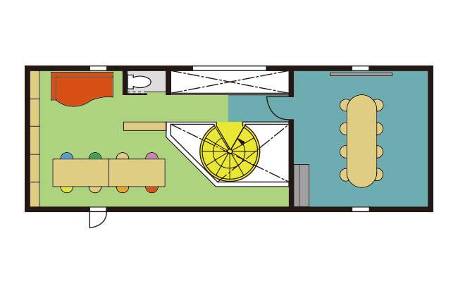 螺旋階段を上がった3階は、会議などを行うミーティングルームとリラックスルームがブリッジでつながった空間