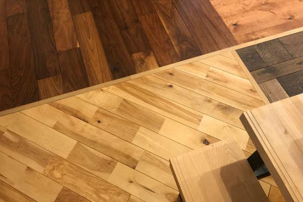床材を選ぶ。 – リプランのオフィスリノベーション