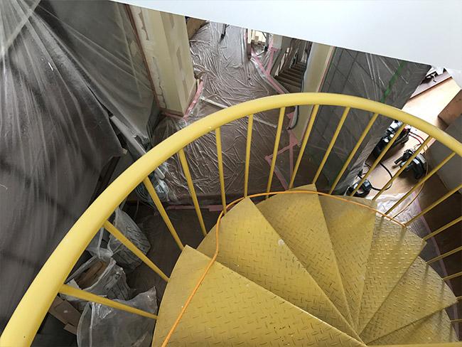 らせん階段からの眺め