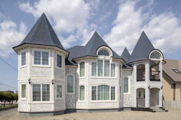 「まるで欧州のお城」「アスレチックのような家」 高い提案力で夢を実現した高性能住宅4選
