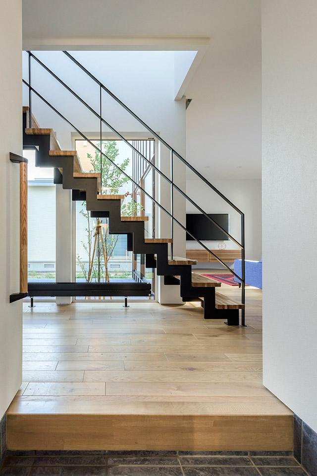 透かし階段