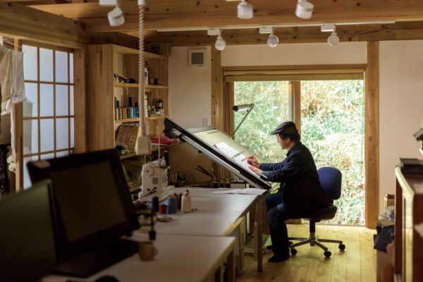 原点は田舎の築百年の家。 デザインの力で夢をカタチに 〜佐々木 文彦さん