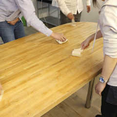 大テーブルを塗装する-リプランのDIYプロジェクト