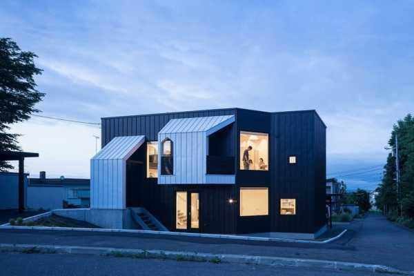 設計実績「Four Decks」をホームページに追加しました。〜富谷洋介建築設計