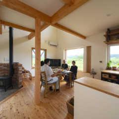 東川町で始まる豊かな暮らし 大雪山を望むカラマツの家