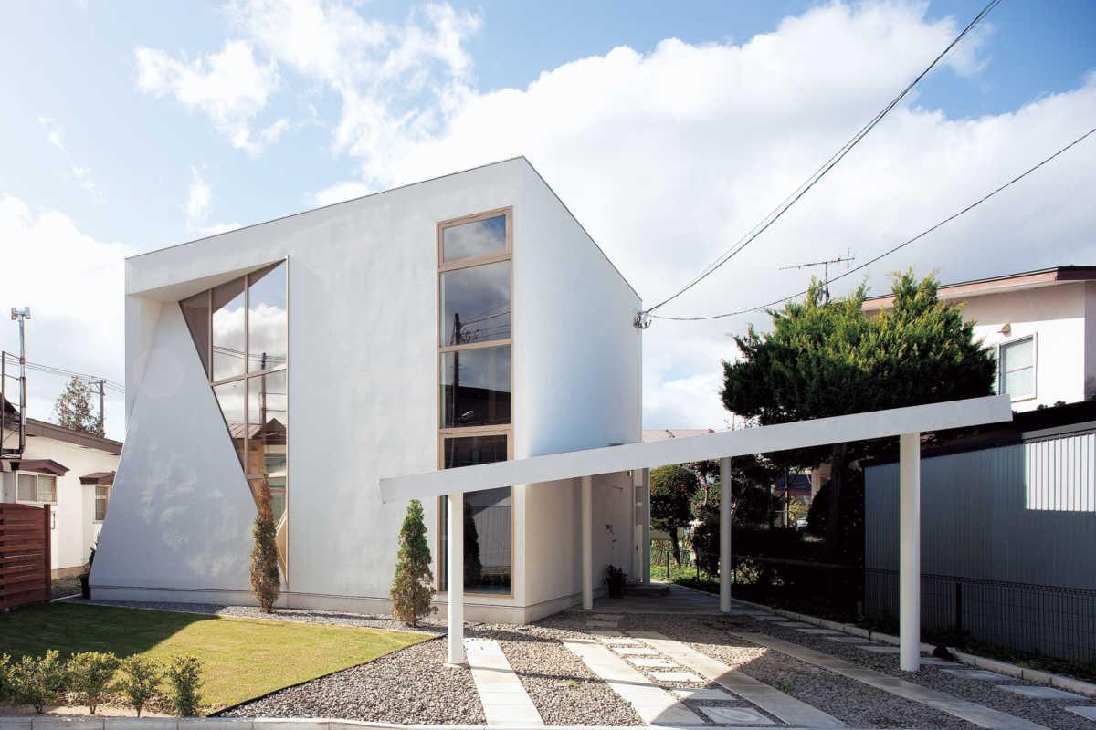 「家の顔」はこれで決まる。外観と調和した玄関ポーチのデザイン