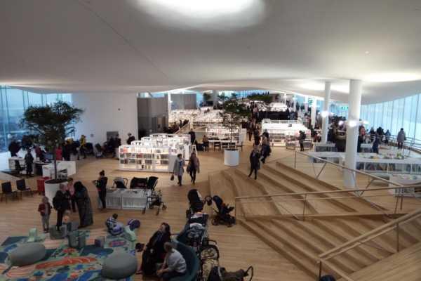 建築好き必見!新しいヘルシンキ中央図書館「Oodi(オーディ)」