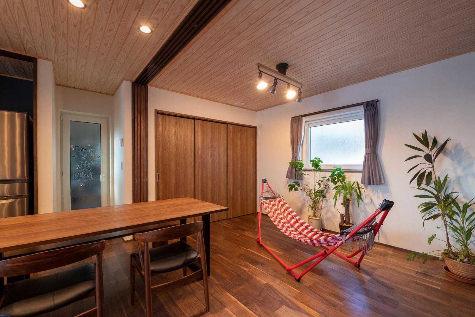 LDKに連続する6畳のスペースは間仕切り可。将来、居室として使うことも想定した設計