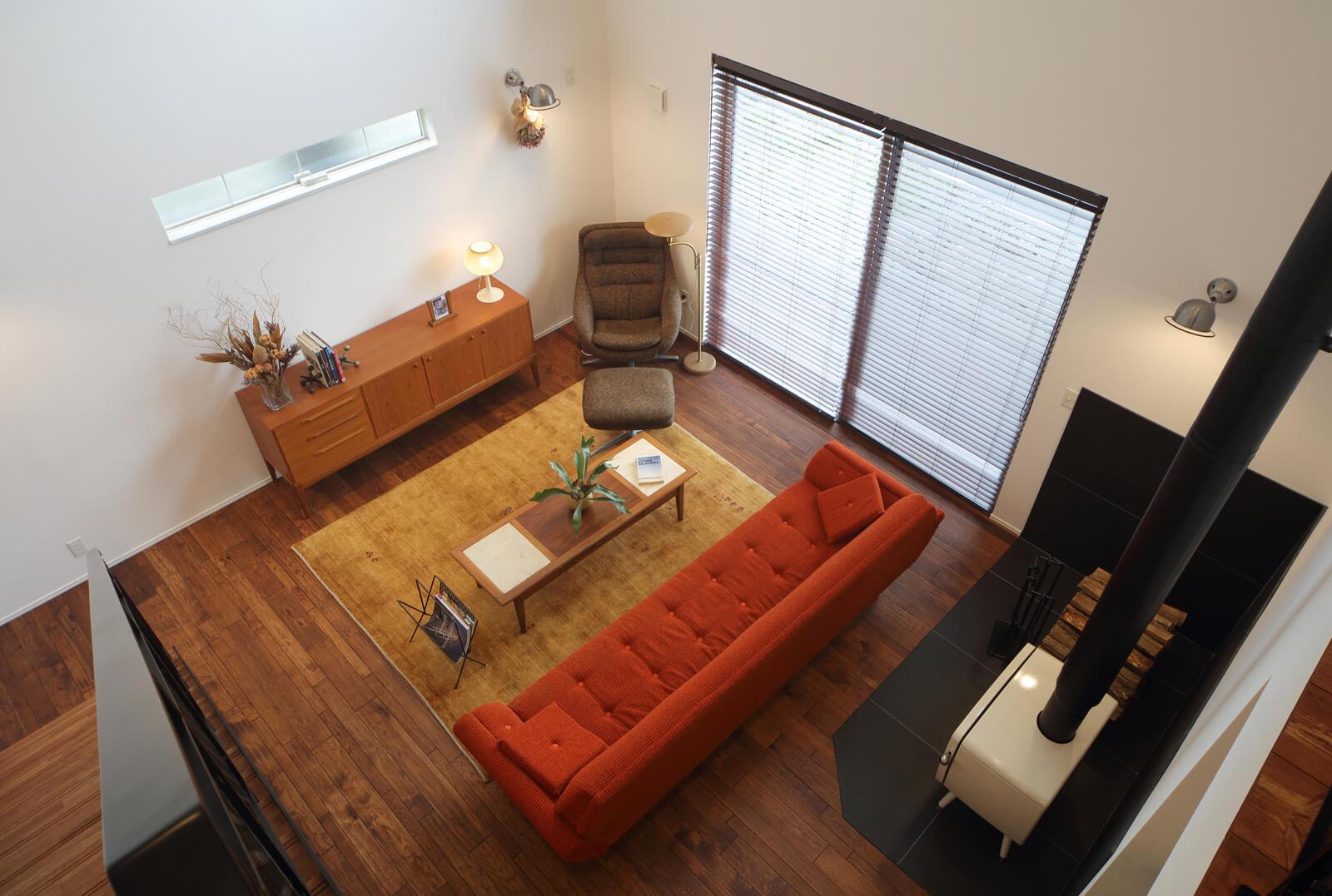 照明や家具などのインテリアも含め、そこにいるだけで心地よいと感じる空間をデザイン
