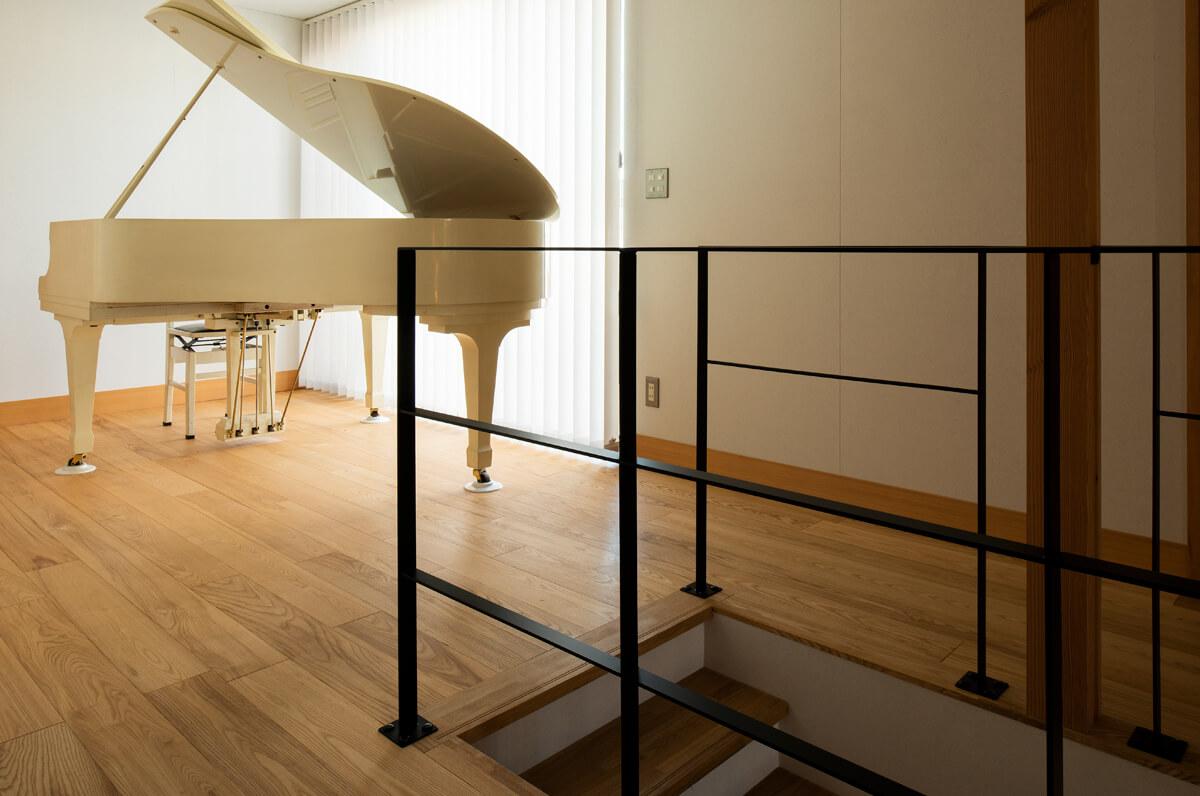 フリースペースがグランドピアノ置き場