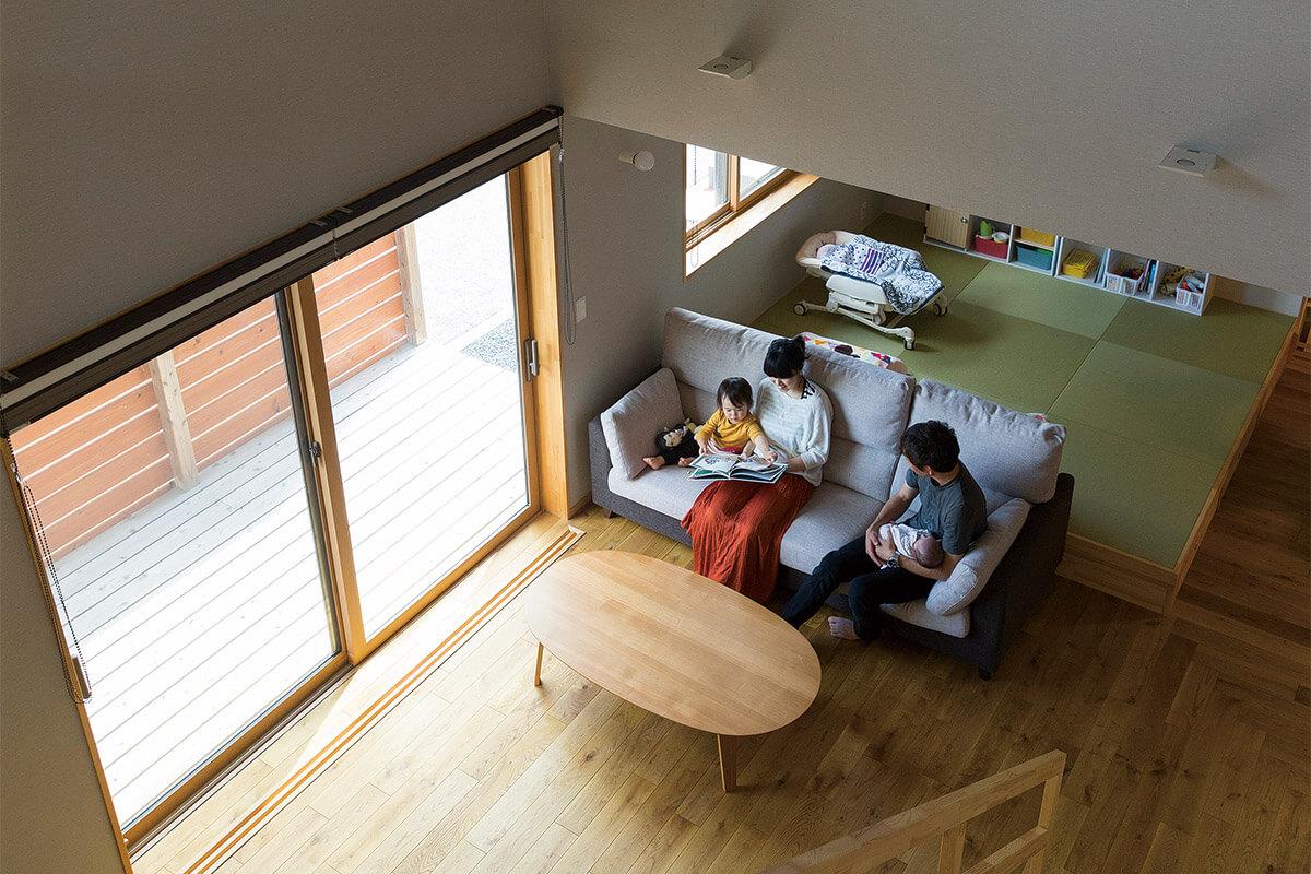 LDKの一角に4.5畳の小上がり和室を