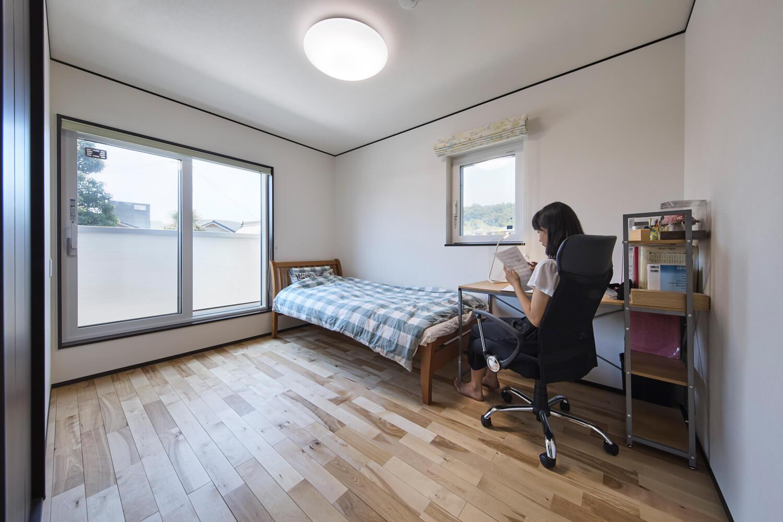 子ども部屋には、勉強に集中しやすい昼白色の照明が適する
