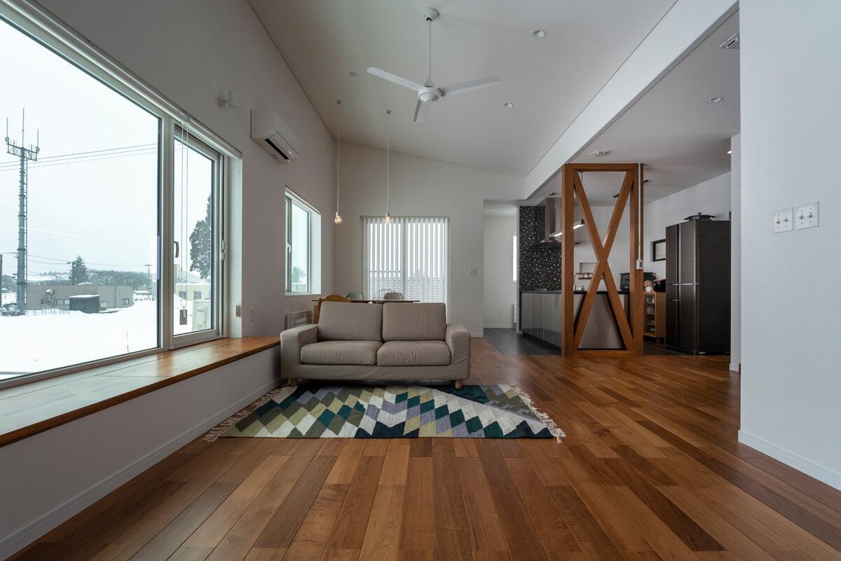 2階に設けたLDKは仕切りをなくして開放感と広さを追求