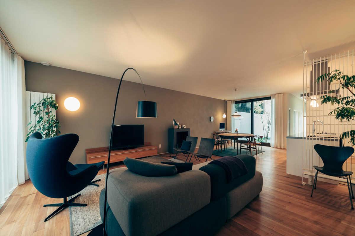 LDKは18坪ほどの広さのワンルーム空間でフレキシブルに使う