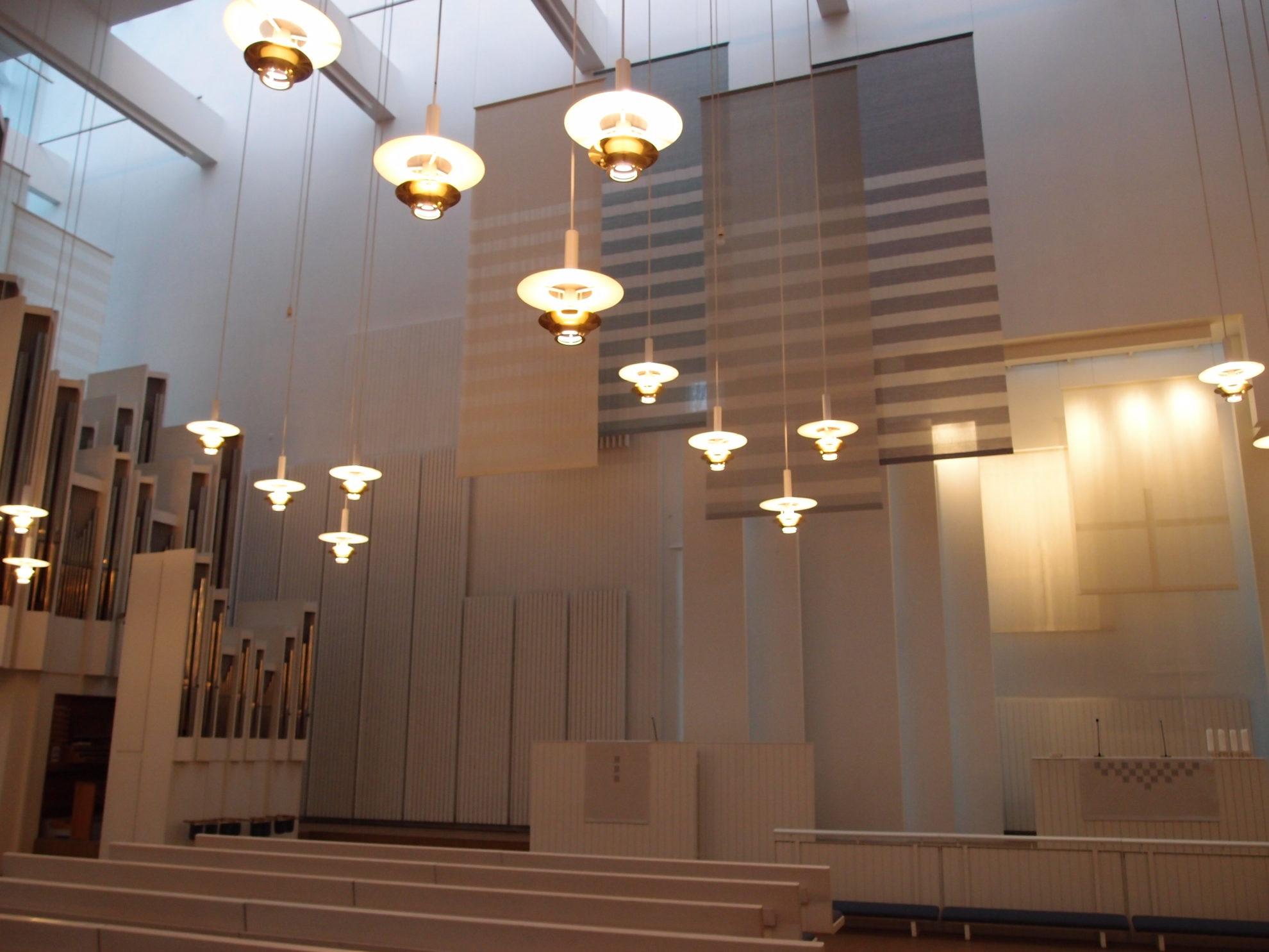 ヘルシンキの隣の市、ヴァンターにある「ミュールマキ教会」