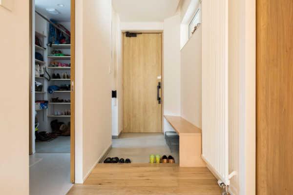 家づくりの新定番!2way玄関で、スッキリ快適