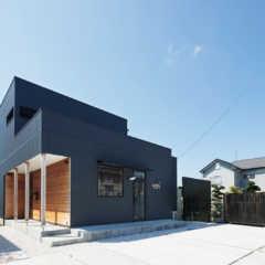 「見せる」デザインが光る職住一体型住宅のカタチ
