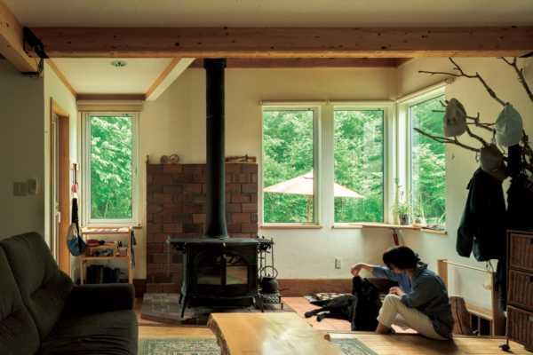 豊かな自然と子育てを楽しむ 薪ストーブのある住まい