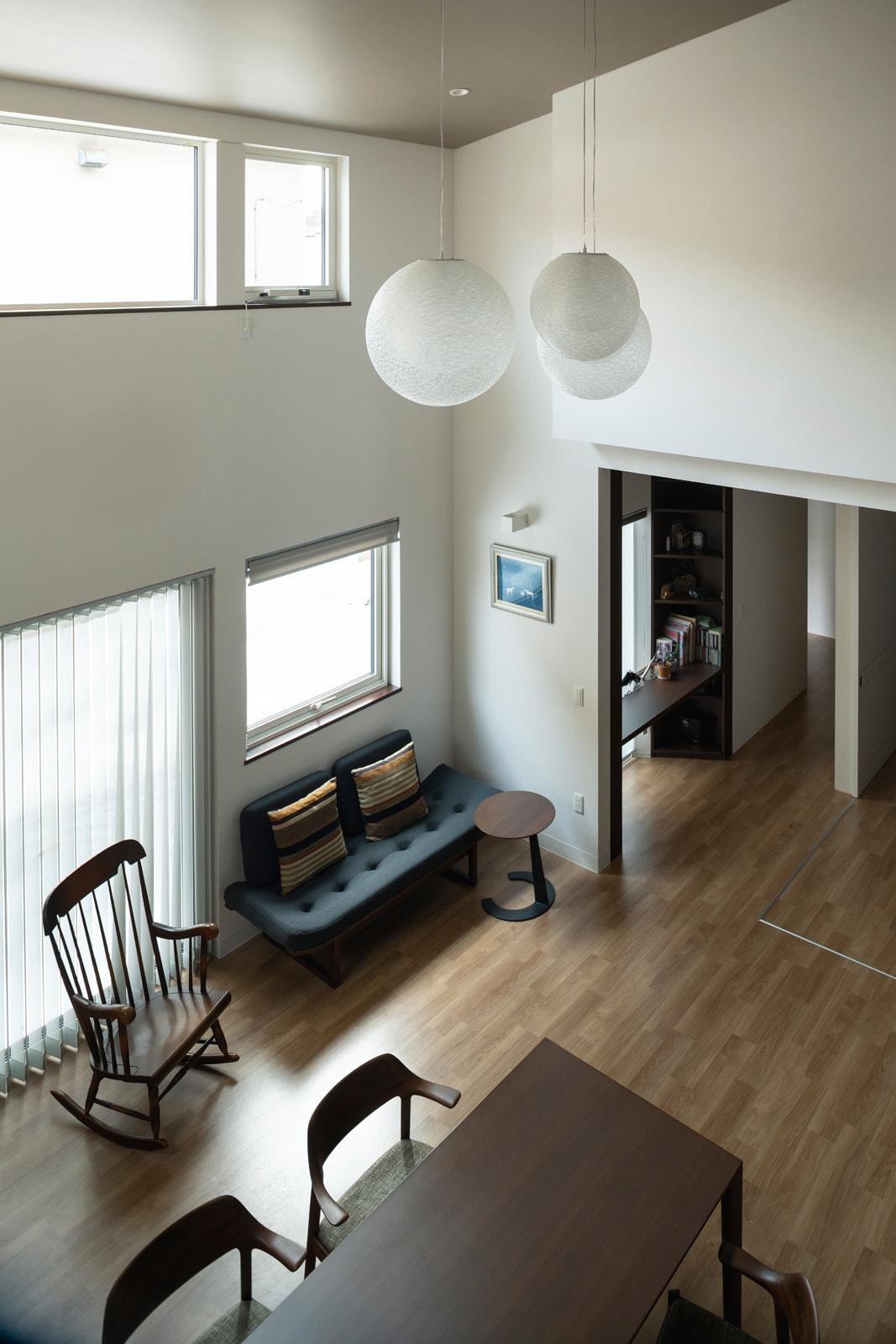 スッキリしな室内はバリアフリーで、壁面もフル活用できる