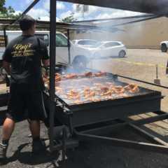 ハワイで人気のB級グルメ「フリフリチキン」!