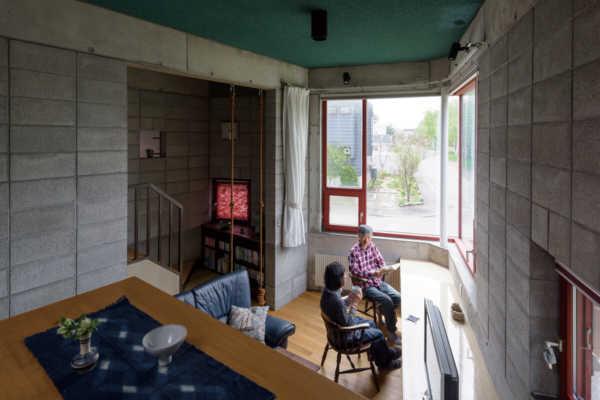 築32年の住まいに学ぶ。ずっと心地よい家づくりの秘訣とは?