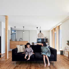 シンプルで上質。家族の暮らしに寄り添うデザイン