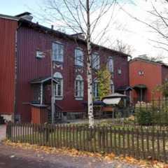 100年前の木造住宅が残るフィンランドの街、キャプラ(Käp…