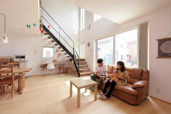 ナチュラルデザインの大らかな空間構成と優れた断熱性能で快適に