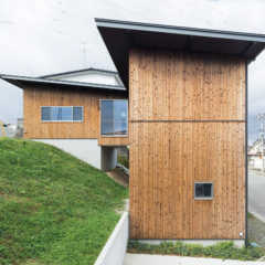 旗竿地や高低差のある土地…変形地に建てた住宅実例4