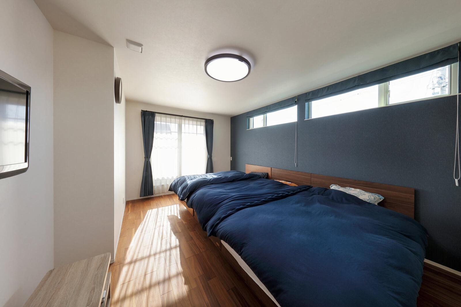 主寝室は11帖を超える広さ。子どもが大きくなり自室で就寝できるようになったらテーブルを置いてくつろぎスペースをつくりたい、とKさん