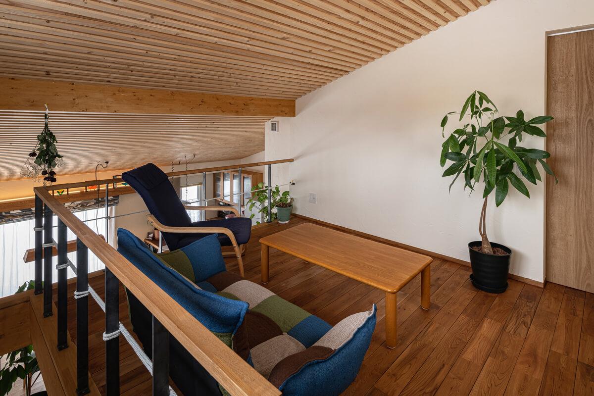 2階のフリースペースは現在息子さんが使用中。将来的には来客用のスペースにする予定
