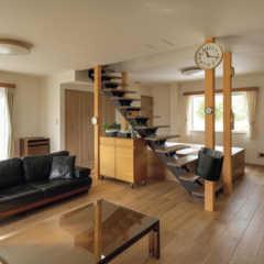 薪ストーブのある田園暮らしを頼もしく支える次世代基準の家