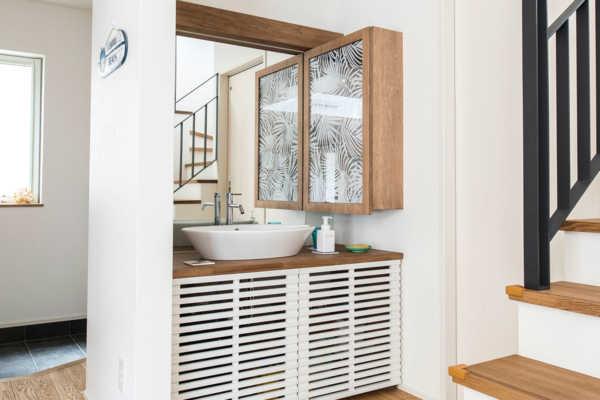 パターンはさまざま。「玄関近くに洗面台」の手洗いしやすい間取り