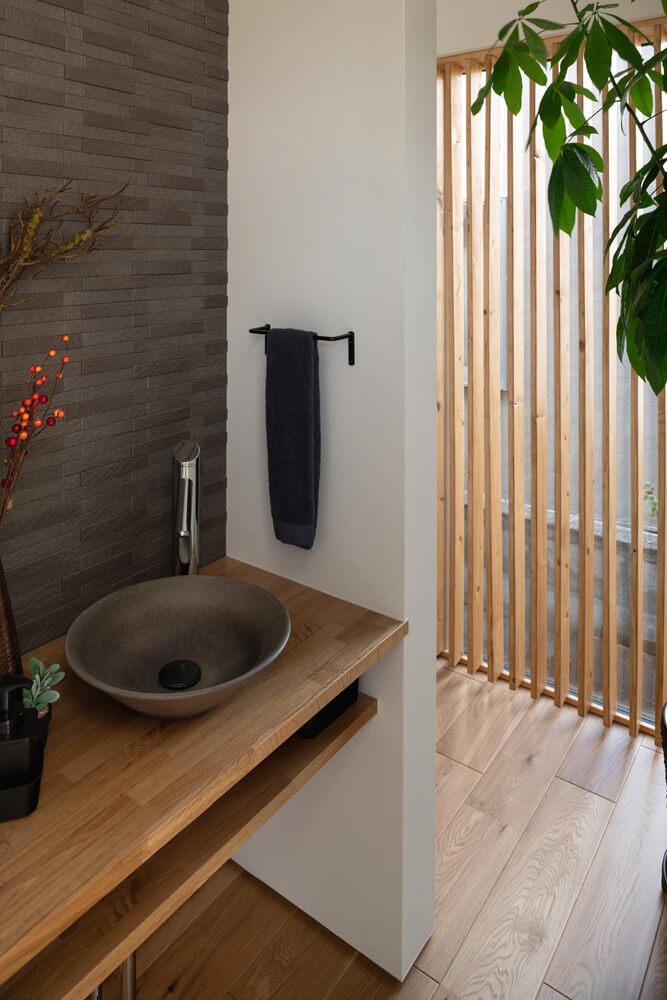 パターンはさまざま。「玄関近くに洗面台」の手洗いしやすい間取り | 玄関 | 家づくりのアイデア | Replan(リプラン)WebMagazine