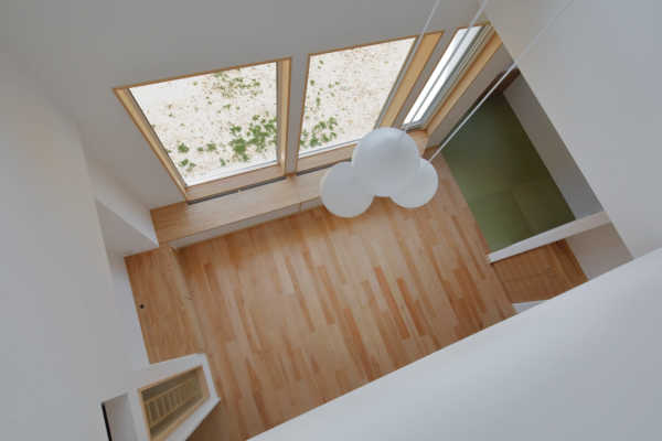 自然の力で呼吸する空気の流れが心地よいパッシブ換気の家