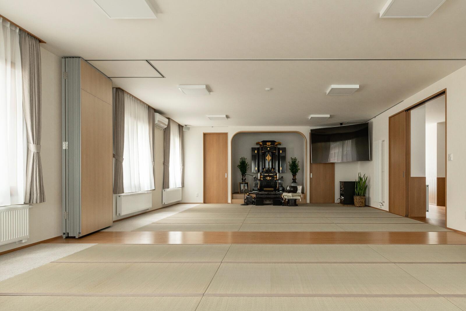 Mさんご夫妻が希望した柱のない40畳の和室。コンクリート住宅でしか実現できない大空間となっている