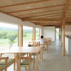 北海道足寄町に建築家設計のカフェ「cafe de camin…