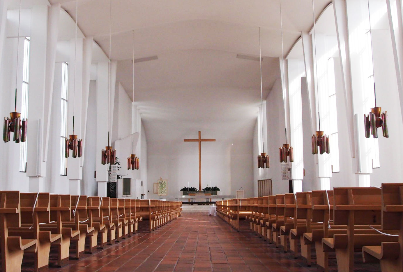 ラケウデンリスティ教会の内部