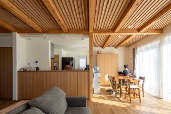 健やかな空気が吹き抜けるQ1.0仕様の子育て住宅