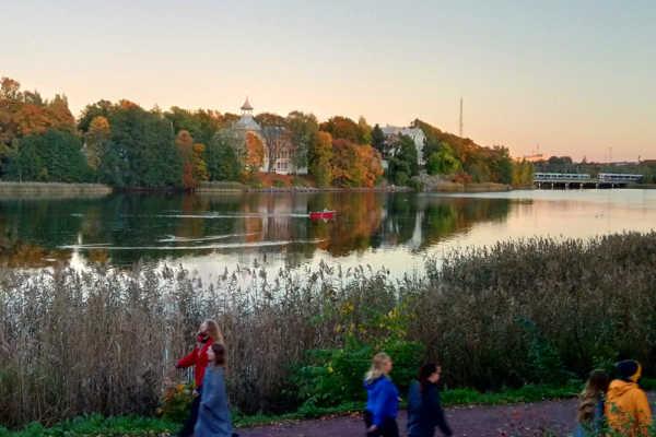 秋真っ盛り!ヘルシンキ市内で「ルスカ」探し