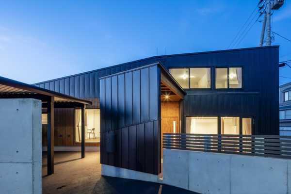 設計事例に「稜線の家」を掲載しました|富谷洋介建築設計