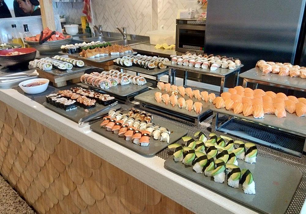 ヘルシンキで人気は「スシビュッフェ」と呼ばれるお寿司の食べ放題スタイル