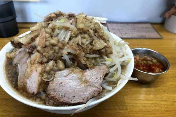 一度食べると虜になる。札幌のおすすめ二郎系ラーメン