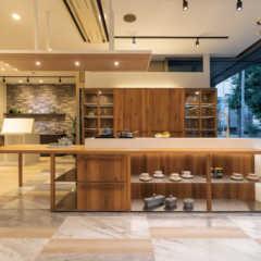 スズランキッチン×ノルド・リネアタラーラの空間を彩るキッチン…