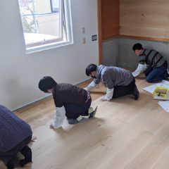 3Fフリースペースの床を塗装する-リプランのDIYプロジェク…