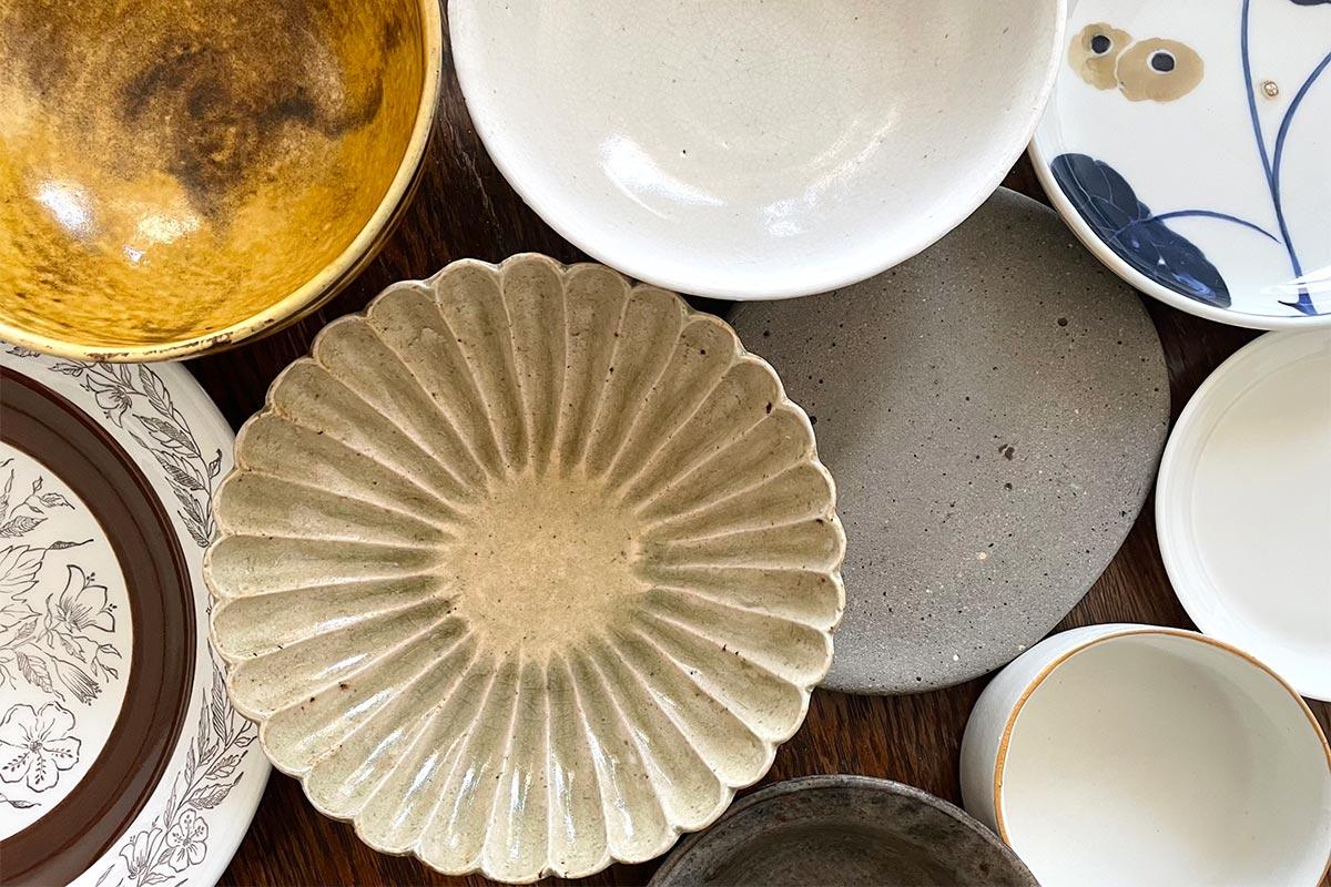 タイルの原料は陶磁器で、食器や便器などと同じ