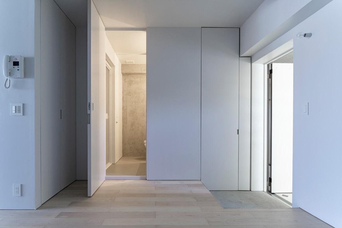 扉の向こうにあるのは洗面やバス、トイレなどの水まわり