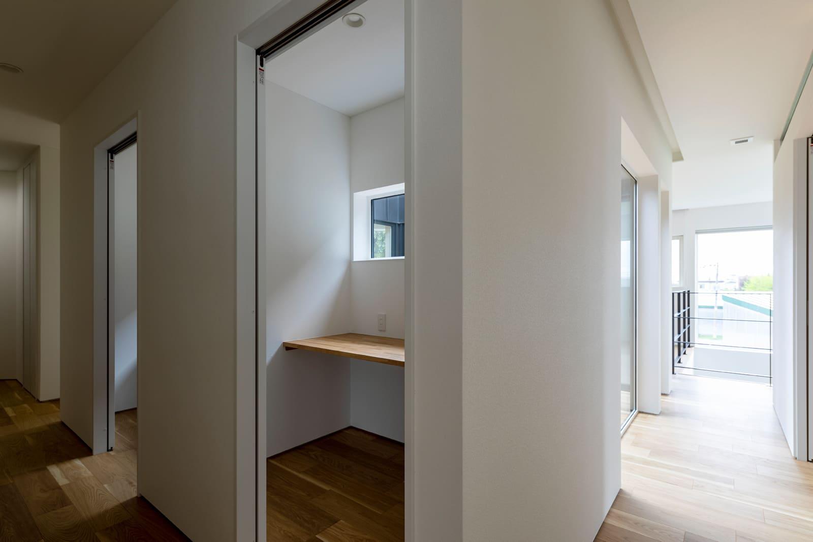 2室あるスタディルーム。リモート授業や勉強、趣味など「おこもり」ができる空間