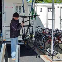 ヘルシンキで愛される、海辺の自転車修理屋さん